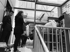 苏州一老小区私装电梯被查封 电梯暂停使用